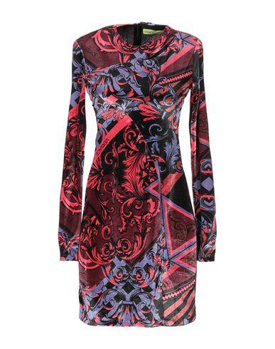 Фото - Женское короткое платье  красно-коричневого цвета