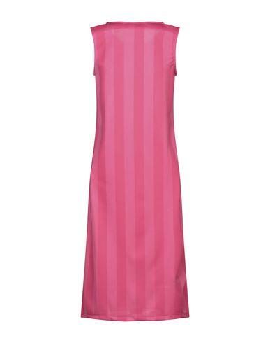 Фото 2 - Платье до колена от BOY LONDON цвета фуксия