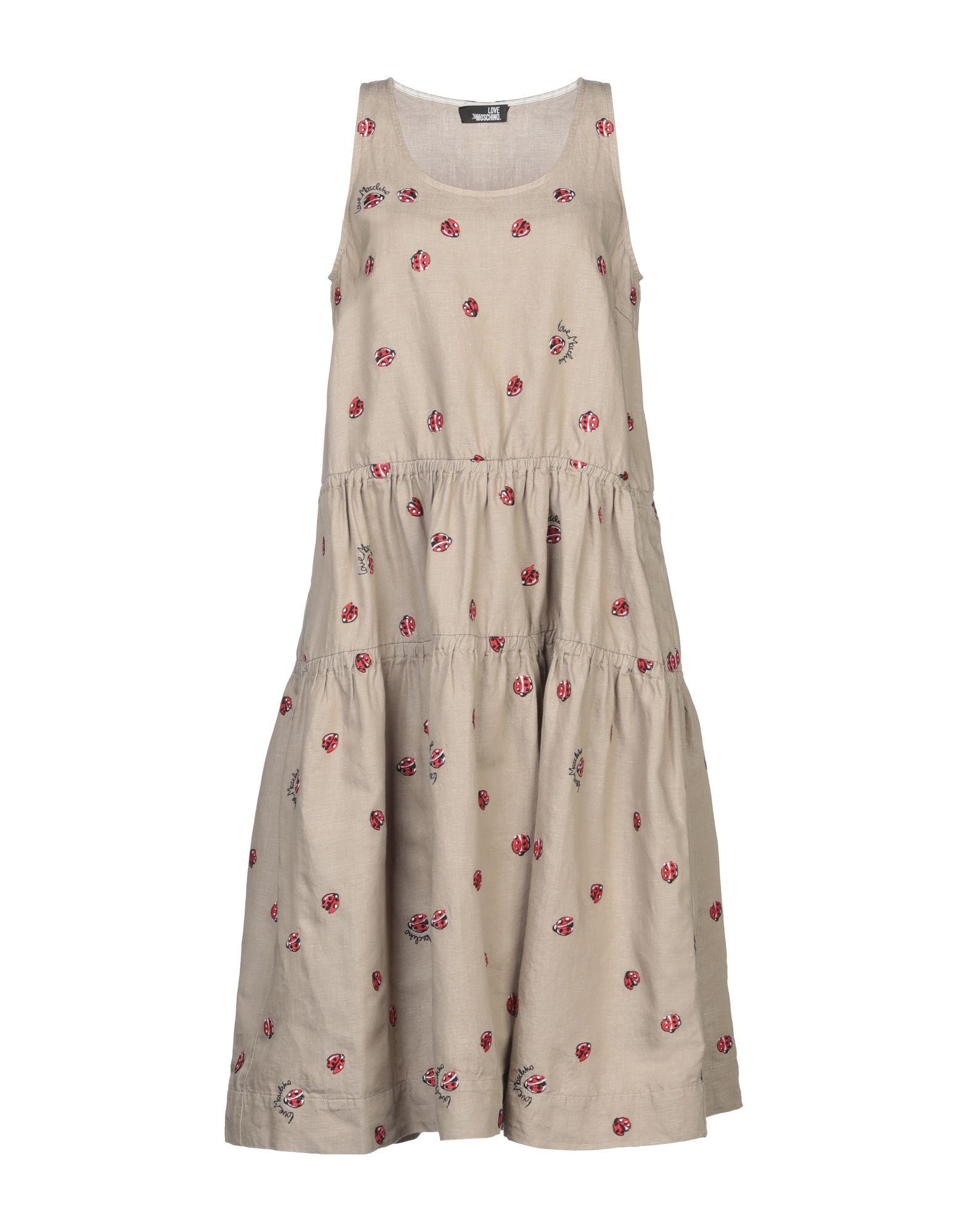 цена LOVE MOSCHINO Платье до колена онлайн в 2017 году