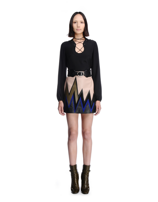 is mini skirt still in fashion