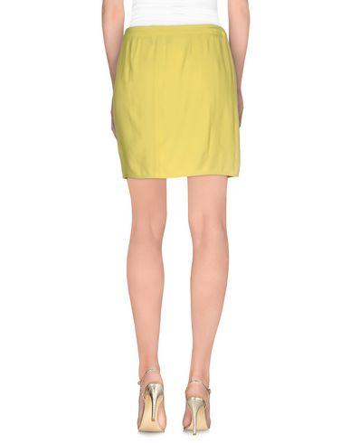 Фото 2 - Мини-юбка желтого цвета