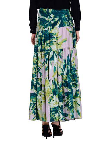 Фото 2 - Длинная юбка сиреневого цвета