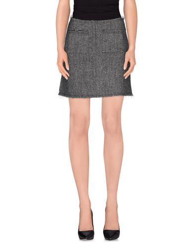 isa-arfen-mini-skirt