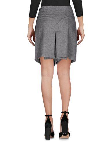 Фото 2 - Повседневные шорты серого цвета