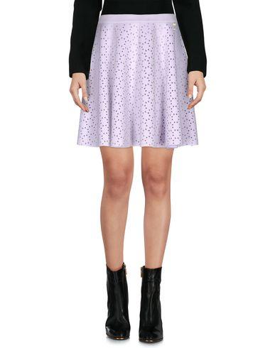 Фото - Мини-юбка от TWIN-SET JEANS сиреневого цвета