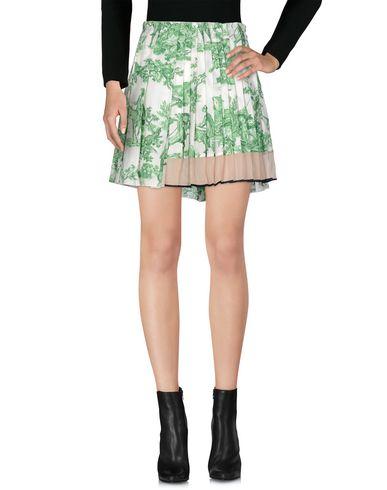 N° 21 Mini-jupe femme