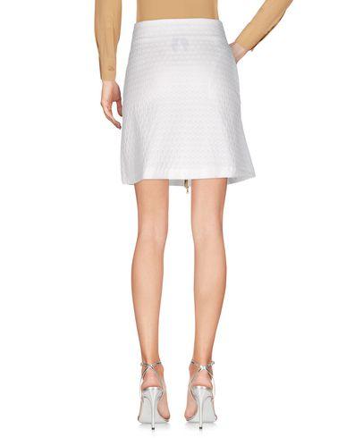 Фото 2 - Мини-юбка белого цвета