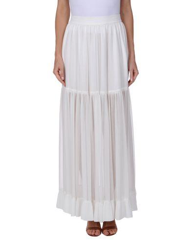 Фото - Длинная юбка белого цвета
