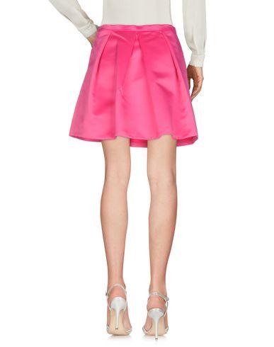 Фото 2 - Мини-юбка цвета фуксия