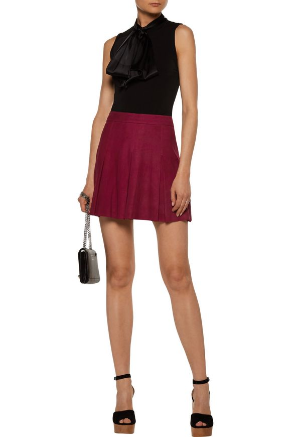 Lee pleated suede mini skirt   ALICE + OLIVIA   Sale up to 70% off   THE  OUTNET