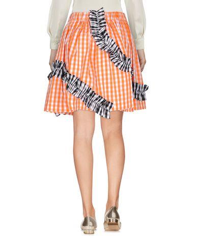Фото 2 - Юбку до колена от MSGM оранжевого цвета