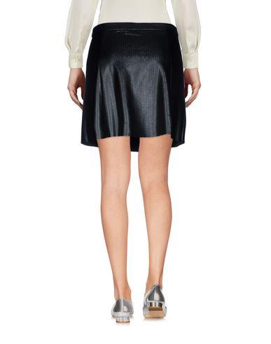 Фото 2 - Мини-юбка черного цвета