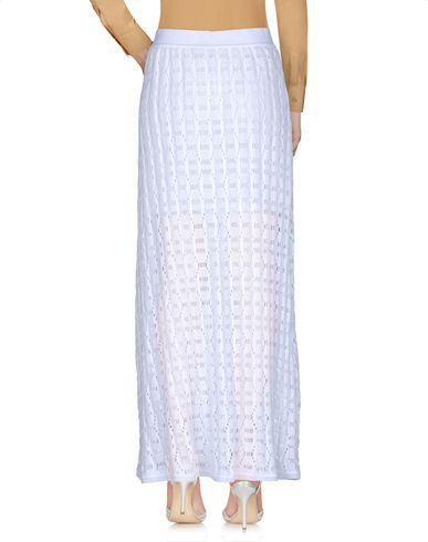 Фото 2 - Длинная юбка белого цвета