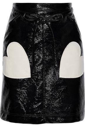 ALEXACHUNG Appliquéd crinkled faux patent leather mini skirt