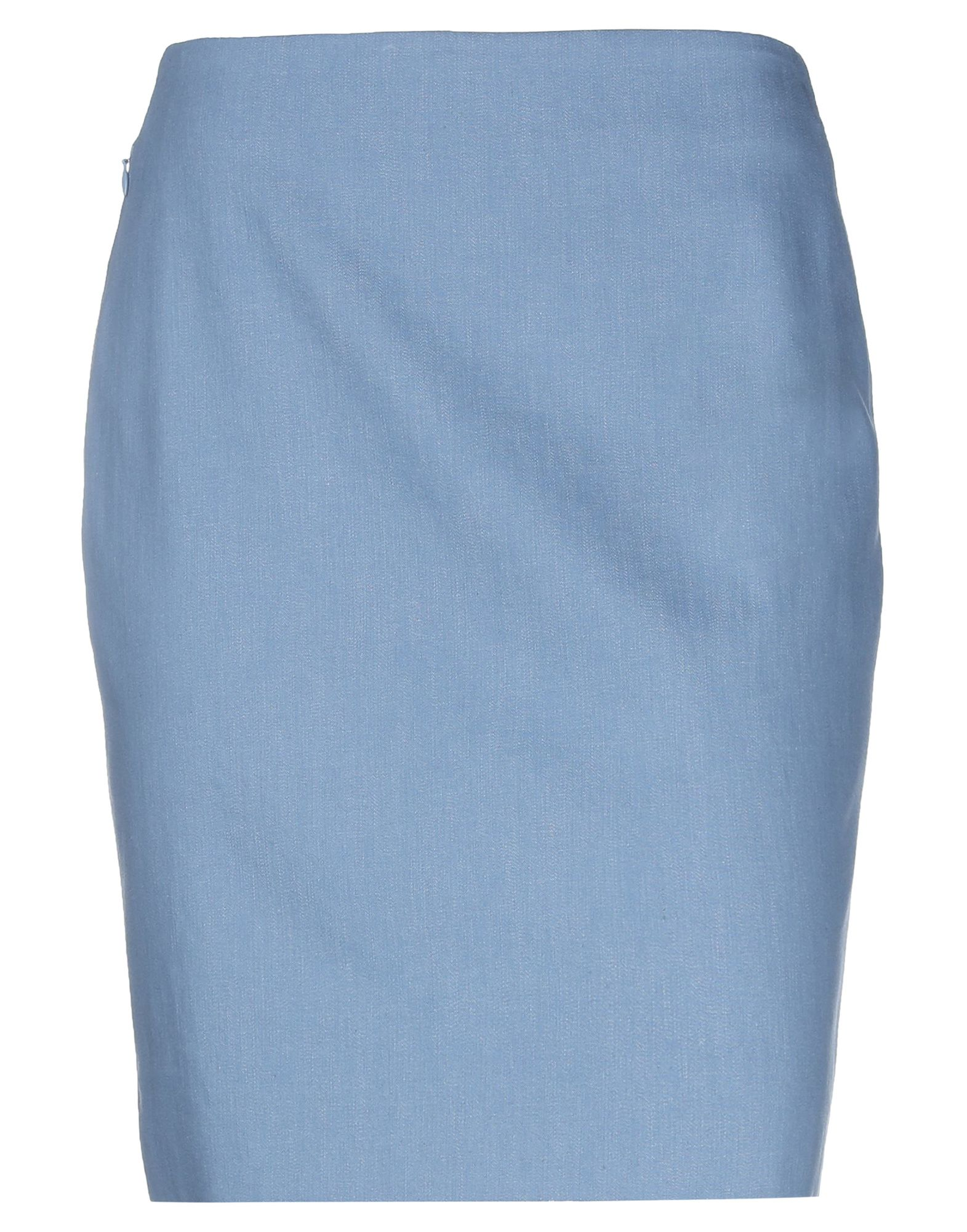 AKRIS PUNTO Knee length skirts. plain weave, no appliqués, basic solid color, no pockets, zip, side closure, fully lined, small sized. 98% Cotton, 2% Polyurethane