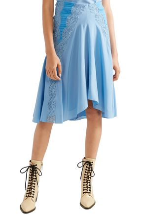CHLOÉ Lace-trimmed ruched silk crepe de chine skirt