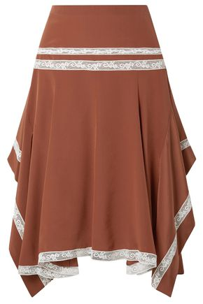 CHLOÉ Asymmetric lace-trimmed ruffled silk-satin skirt