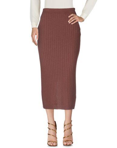 Фото 2 - Длинная юбка коричневого цвета