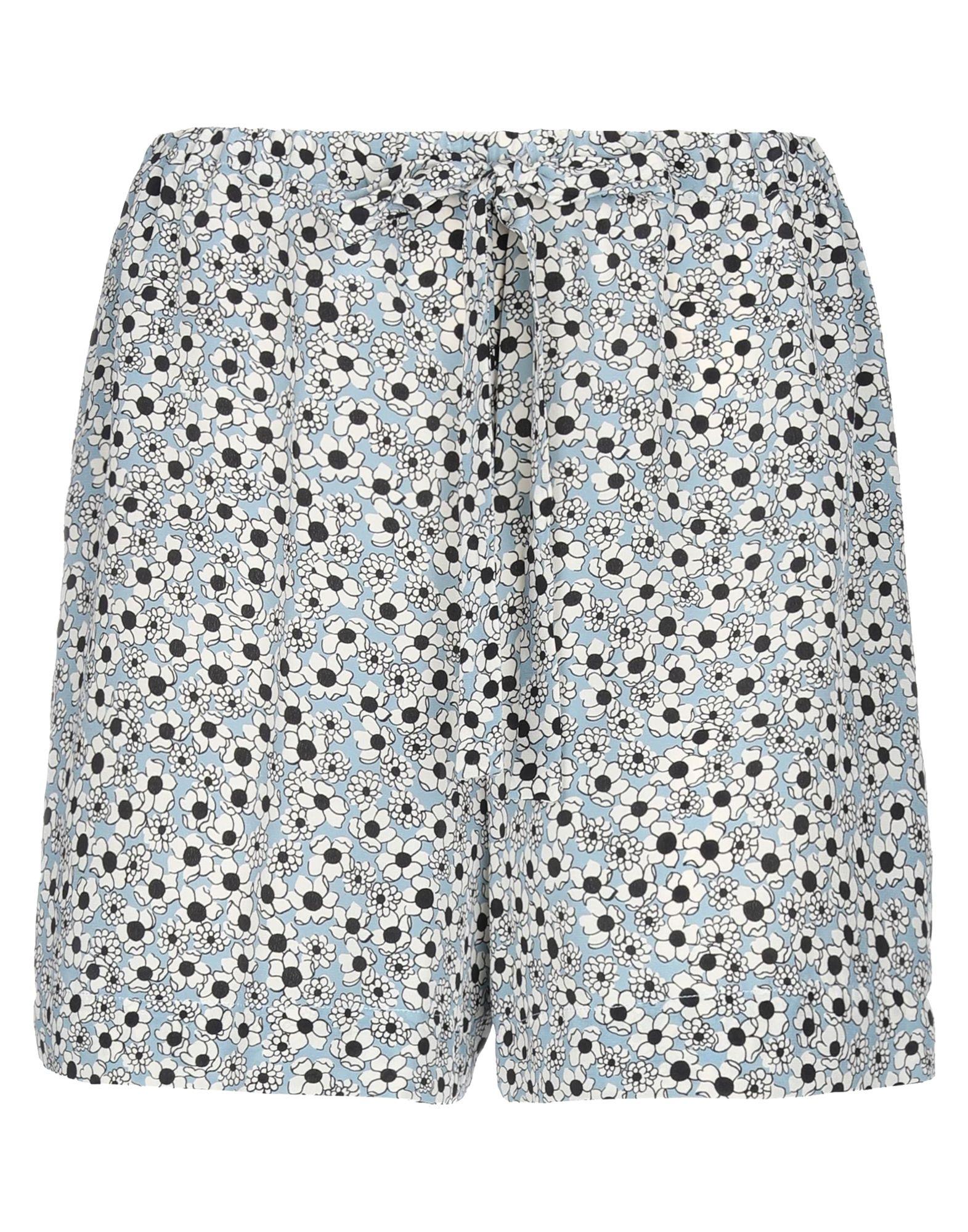 купить ASPESI Повседневные шорты по цене 9350 рублей