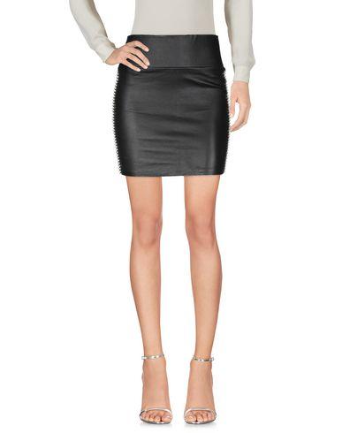 Фото 2 - Мини-юбка от SPRWMN черного цвета