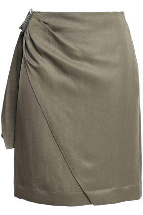 """JOSEPH تنورة قصيرة """"شيا"""" بتصميم ملتفّ من مزيج قماش الرامي مزيّن بإبزيم"""