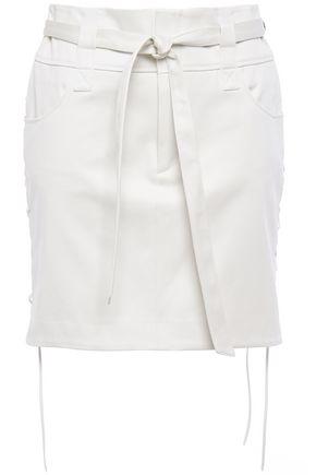 """IRO تنورة قصيرة """"غودلي"""" من التويل القطني مع أربطة مزوّدة بحزام"""