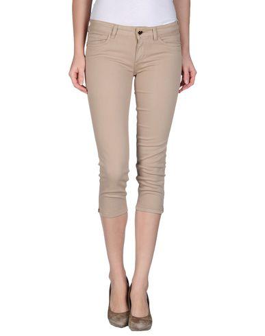 Фото - Джинсовые брюки-капри от TWIN-SET JEANS цвета хаки