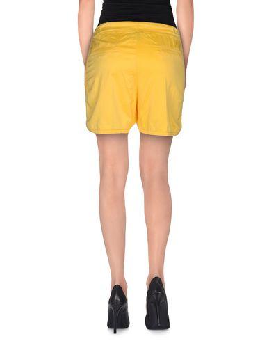 Фото 2 - Повседневные шорты от JIJIL желтого цвета