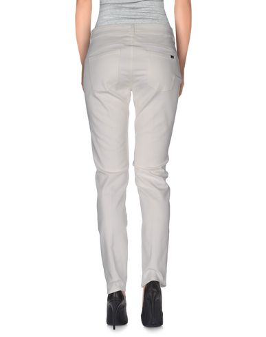 Фото 2 - Повседневные брюки от BLUE LES COPAINS белого цвета