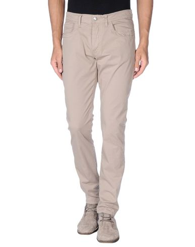 Фото - Повседневные брюки цвета хаки