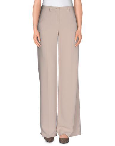 Фото - Повседневные брюки от HANITA бежевого цвета