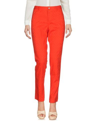 Купить Повседневные брюки от PT0W красного цвета