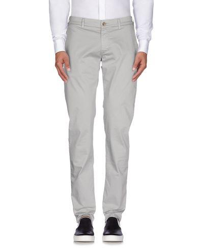Фото - Повседневные брюки от RE-HASH светло-серого цвета
