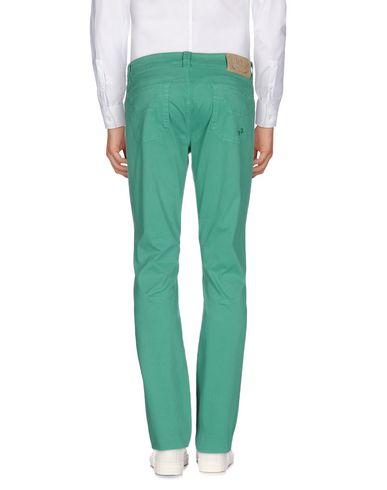 Фото 2 - Повседневные брюки от 9.2 BY CARLO CHIONNA изумрудно-зеленого цвета