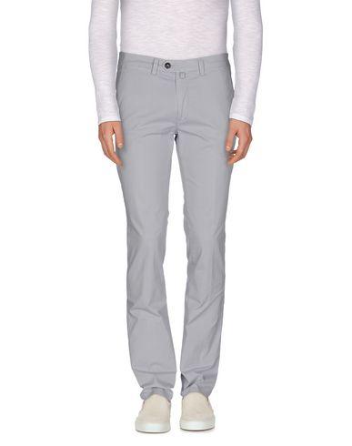 Фото - Повседневные брюки от NEW ENGLAND серого цвета