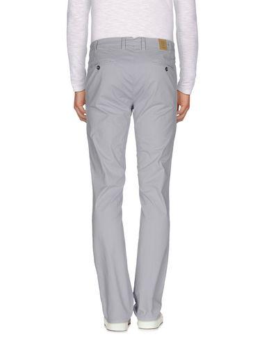 Фото 2 - Повседневные брюки от NEW ENGLAND серого цвета