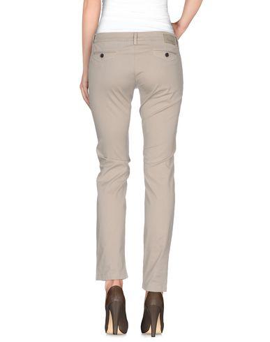 Фото 2 - Повседневные брюки от CAMOUFLAGE AR AND J. бежевого цвета