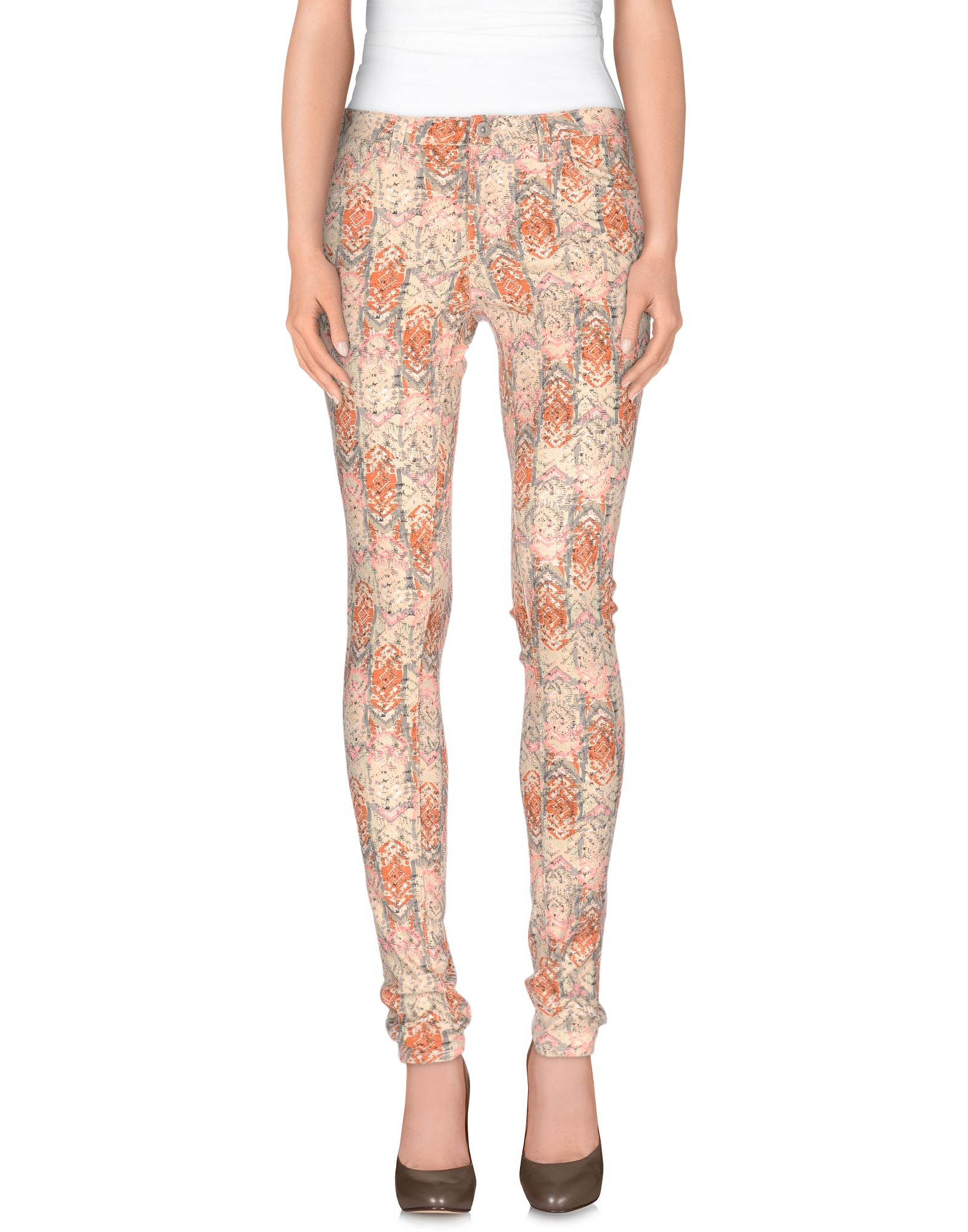 где купить VILA Повседневные брюки по лучшей цене