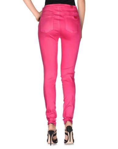 Фото 2 - Джинсовые брюки цвета фуксия
