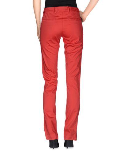 Фото 2 - Повседневные брюки от VERYSIMPLE кораллового цвета