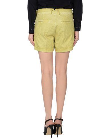 Фото 2 - Повседневные шорты светло-зеленого цвета