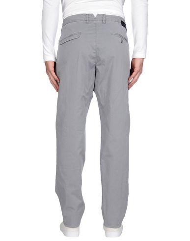 Фото 2 - Повседневные брюки от OFFICINA 36 серого цвета