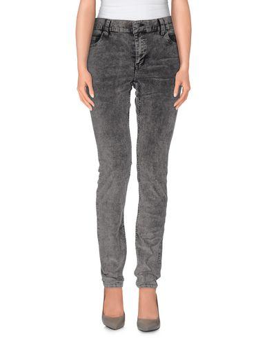 Повседневные брюки CHEAP MONDAY 36805162MG