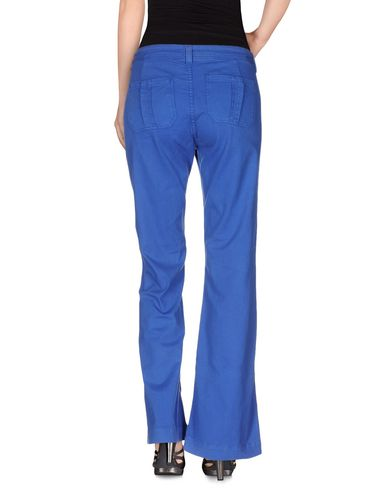 Фото 2 - Джинсовые брюки от SWILDENS ярко-синего цвета