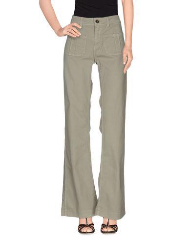 Фото - Джинсовые брюки от SWILDENS цвет зеленый-милитари