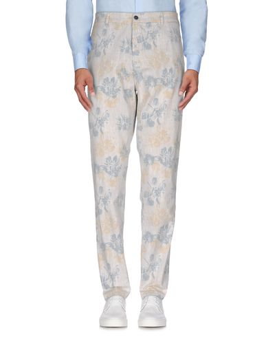 Фото - Повседневные брюки от LIU •JO MAN белого цвета