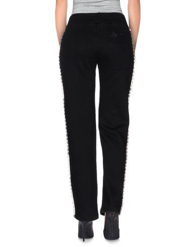 Фото 2 - Повседневные брюки от COHLIN черного цвета