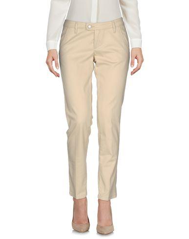 Повседневные брюки от B011