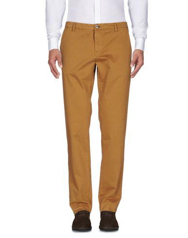 цена  THIRD DENIM LTD. Повседневные брюки  онлайн в 2017 году