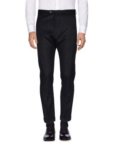 Фото - Повседневные брюки от SAISON черного цвета